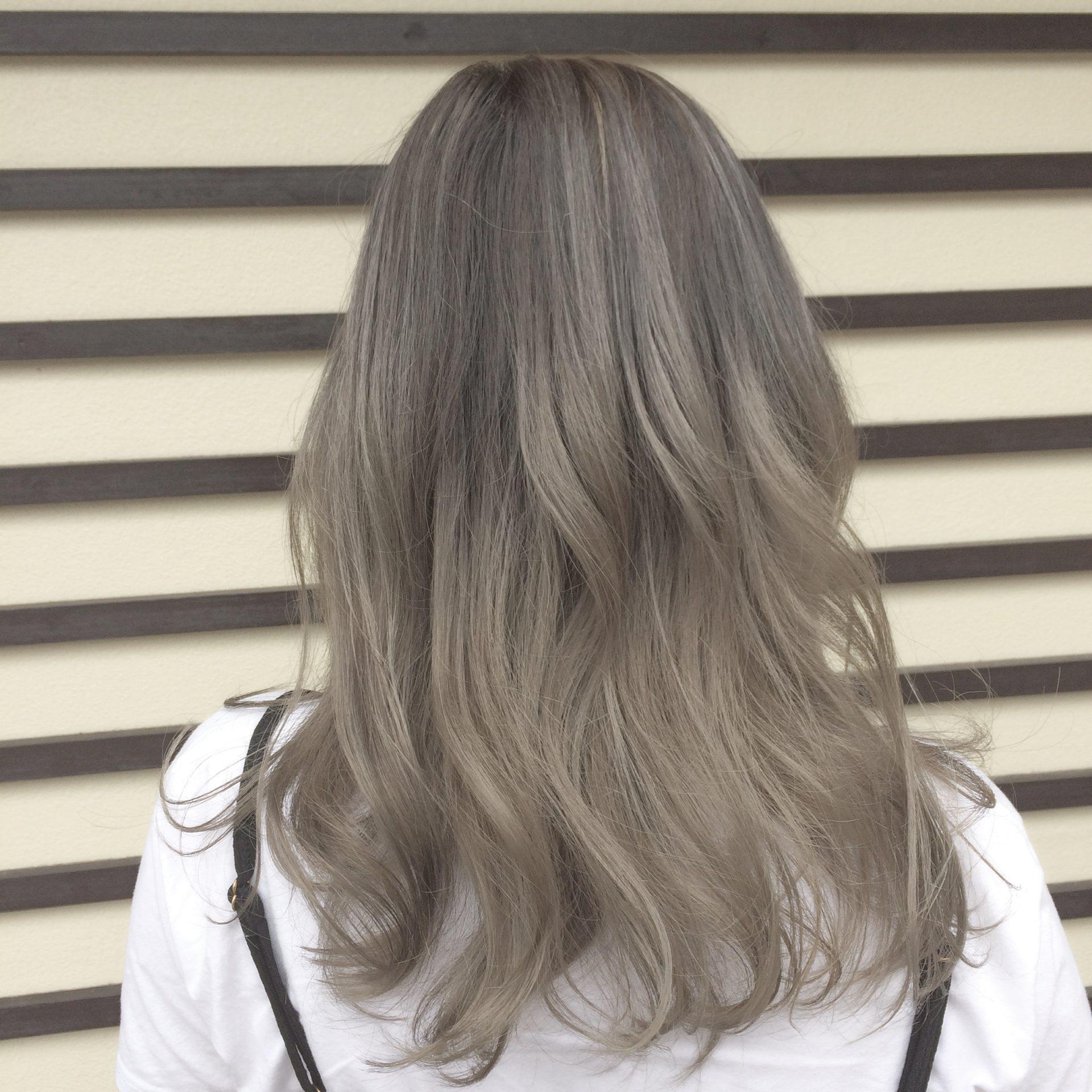 カラー ハイトーン 春にやりたい♡長さ・色別ハイトーンヘアカラー30選|feely(フィーリー)